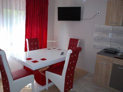 Apartmani, studija i sobe Savić Delinke