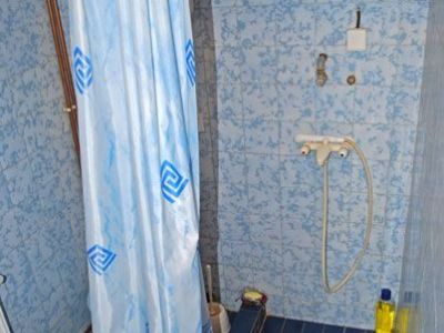 Kupatilo studija sa  velikom terasom