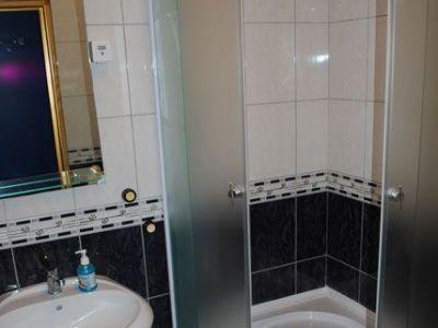 Apartman 2- kupatilo