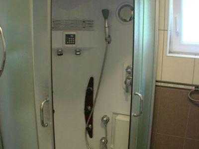 Apartman 3 kupatilo..jpg