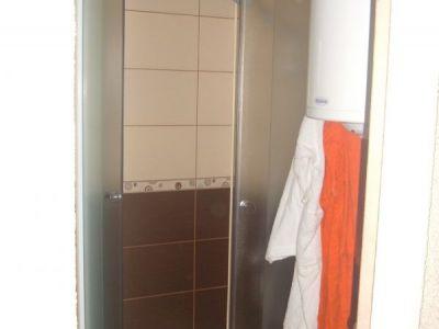 kupatilo u etno brvnari 2