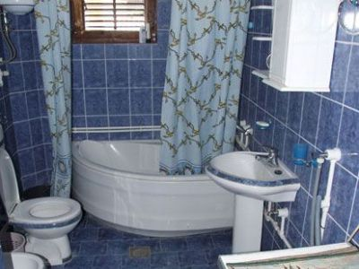 Apartman-2-kupatilo.jpg