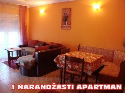 1 narandzasti apartman dnevni boravak.jpg
