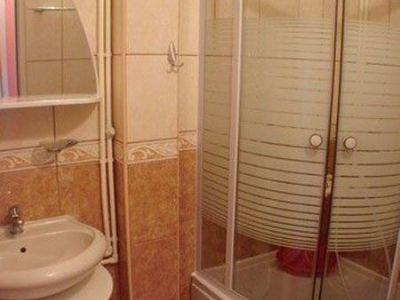 reoze apartmana kupatilo.jpg