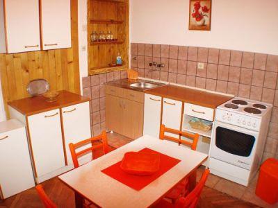 kuhinja  trpezarija.jpg