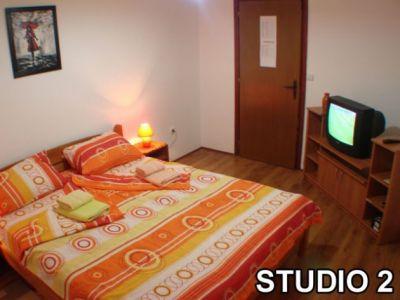 studio 2......jpg