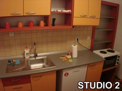 studio 2 kuhi.jpg