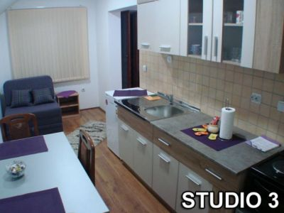 studio 3 kuhinja..jpg