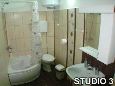 studio 3 kupatilo.jpg