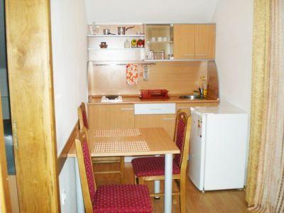 Apartman 27