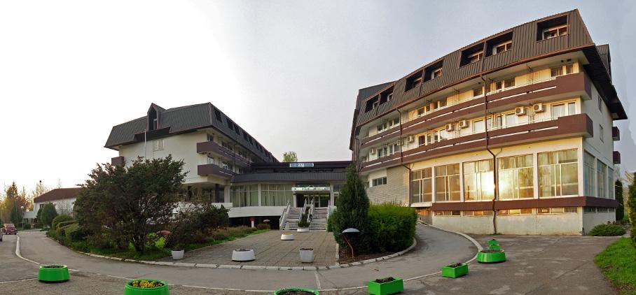 "Hotel ""Zdravljak"""