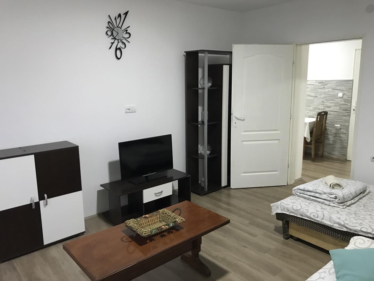 "Apartman i studio ""Dragica"""