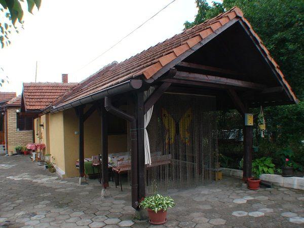 """Smeštaj """"Živanović"""""""